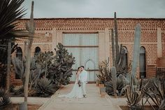 You Must See this Warm and All-White Moroccan Wedding! Elope Wedding, Boho Wedding, Wedding Blog, Summer Wedding, Wedding Ideas, Intimate Weddings, Destination Weddings, All White Wedding, Moroccan Wedding