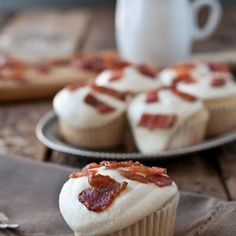 Maple Bacon Doughnut Muffins