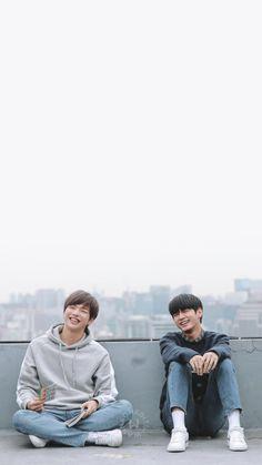 Kang Daniel x Ong Seongwoo Kang Daniel Produce 101, Taehyung, Ong Seung Woo, Daniel K, Cute Poses, Seong, Korean Music, Love Photos, Handsome Boys