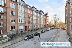Heibergsgade 25, 1. tv., 8000 Aarhus C - Stor andelslejlighed i Skansegården #andel #andelslejlighed #andelsbolig #aarhus #selvsalg #boligsalg #boligdk