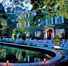 Nuit pour 2 avec petit-déj' au Château d'Ayres (Gorges du Tarn) - Cadeaux sur…