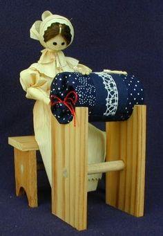 Encajera checa ( la muñeca está hecha con hojas de maiz )