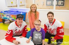 Thank you to the Grand Rapids Griffins players for stopping by and hanging out with our pediatric patients! #askformary