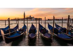 #Winter #Sunrise in #Venice. #Zcreators #createyourlight #appicoftheweek #JustGoShoot #PicOfTheDay #WexPhoto #PhotoOfTheDay @uknikon #ThePhotoHour #FotoRshot #InstaGood #InstaPhoto #Photography #photographer #landscape #landscapephotography #LandscapeLovers #BeautifulLandscape #Viewpoint #NakedPlanet #LandscapeHunter #Sky_Captures #ScenicView #Cloudscape #SkyScape #travel #travelphotography #travelphotographer #TravelTheWorld #ShareTravelPics #WorldExplorer #TravelBug #Travelholic Photography Workshops, Creative Photography, Landscape Photography, Uk Europe, Travel Bugs, Travel Photographer, Holiday Travel, Travel Pictures, Beautiful Landscapes