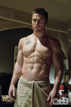 "Arrow -- ""Pilot"" -- Pictured: Stephen Amell as Oliver Queen"