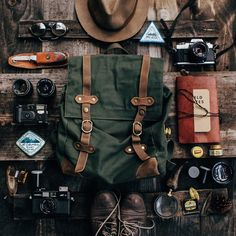 World Camping. Tips, Tricks, And Techniques For The Best Camping Experience. Camping is a great way to bond with family and friends. Adventure Aesthetic, Camping Aesthetic, Travel Aesthetic, Backpack Aesthetic, Camping Gear, Camping Hacks, Backpacking, Camping Cot, Outdoor Camping
