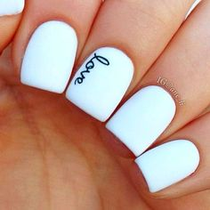 22 Best Valentine's Day Nail Designs for 2018 - Nail Art HQ #naildesigns