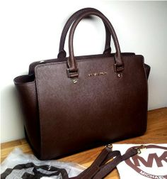 8ac7bffff9 Michael Kors Selma Large Coffee Brown Crossbody Tote Bag