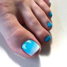 Gradient Toe Nail Designs ❤ Fresh Toe Nail Art Ideas For Every Season ❤ See more ideas on our blog!! #naildesignsjournal #nails #nailart #naildesigns #toenails #toenailart #toenaildesigns #toes