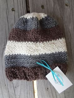 Handsome little hat for a fall baby! (Free Pattern)
