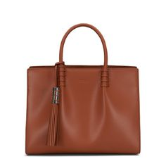 TOD'S Tod's Medium Shopping Bag. #tods #bags #leather #lining #accessories #shoulder bags #charm #hand bags #