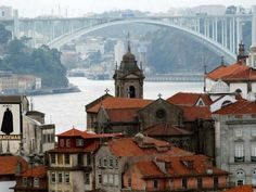 Porto City, Costa, Portuguese Culture, Douro, Canada, Geology, Barcelona Cathedral, Places To See, Paris Skyline