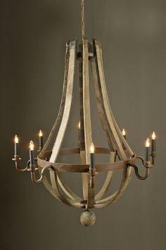 La imaginación no tiene fin para algunos que con un barril de madera idean esta maravilla de lámparas...