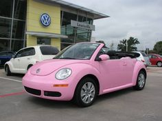 sweet pink convertable bug, love it!