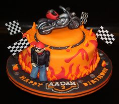 HARLEY DAVIDSON BIKE & BIKER CAKE