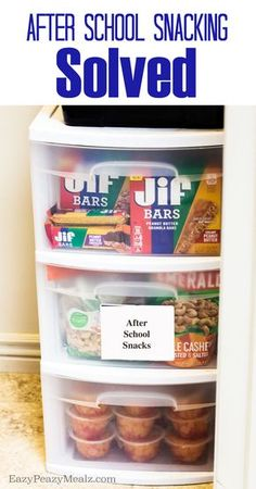 School Snack Dilemma Solved After School Snack Dilemma Solved with this quick, easy, and totally family friendly solution! - Eazy Peazy MealzAfter School Snack Dilemma Solved with this quick, easy, and totally family friendly solution! Lunch Snacks, Easy Snacks, Healthy Snacks, Kid Snacks, Healthy Snack Drawer, Healthy Recipes, Healthy Dishes, Detox Recipes, Healthy Smoothies