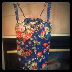 Hollister Floral Print Bustier Super cute and in EUC.  Hollister Tops