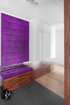 Nowoczesne mieszkanie w Wilanowie Leroy Merlin, Mattress, Lounge, Shelves, Couch, Flooring, Bed, Furniture, Closets