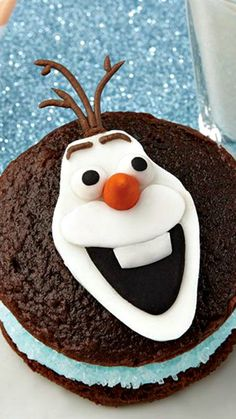 How To Make Olaf the Snowman Whoopie Pies