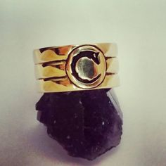 Wolf band ring