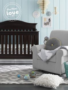 Trendy chevron and cute safari animals adorn this Circo crib bedding set.