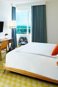 Deluxe King Rooms feature views of the city and Intracoastal Waterway. #Jetsetter