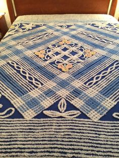 Vintage Chenille Full Size Bedspread