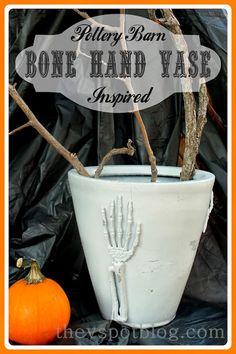 The V Spot: Pottery Barn inspired Bone Hand Skeleton Vase. Halloween Home Decor, Halloween Projects, Halloween House, Holidays Halloween, Halloween Crafts, Halloween Decorations, Halloween Ideas, Gothic Halloween, Halloween 2018