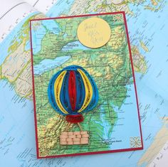 Paper Quilled Hot Air BALLOON on Vintage Map por EnchantedQuilling