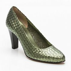Pons Quintana pump in shimmery green