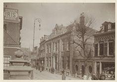 Kruisstraat 47-49, oostzijde, bij de Krocht, ziende naar het noorden. 1906