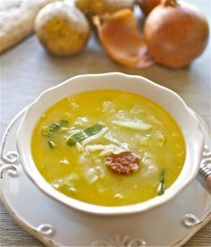 Caldo verde, receta tradicional de Portugal con Thermomix « Thermomix en el mundo Thermomix Soup, Portugal, Latin Food, Slow Food, No Cook Meals, Cheeseburger Chowder, Stew, Soup Recipes, Eat