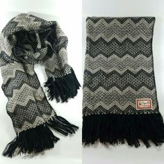 Terra Blossom Provides Natural And High Quality Products. Men And Womens Alpaca Scarves, Alpaca Clothing, Alpaca Socks, Baby Alpaca Blankets, Alpaca Yarns And Other Exclusive Or Natural Products We Source For You. Alpaca Socks, Alpaca Blanket, Alpaca Scarf, Baby Alpaca, Elegant, Clothes, Women, Fashion, Classy