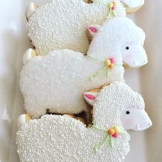 "26 Likes, 7 Comments - Gaby (@flourbatchcustomcookies) on Instagram: ""Lamb cookies for a first birthday #decoratedsugarcookies #sugarcookies #firstbirthday #lambcookies…"""