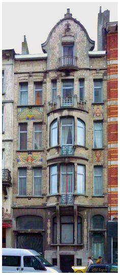 Architecture in Brussels Maison Art Nouveau C. Bakker, auteur inconnu, 1911 20-20a, Chaussée de Forest, 1060 Saint-Gilles