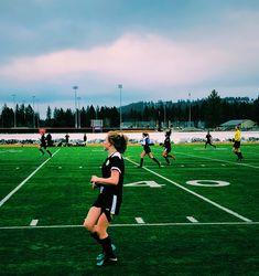 Cute Soccer Pictures, Soccer Pics, Soccer Goals, Soccer Memes, Us Soccer, Play Soccer, Sports Pictures, Soccer Cleats, Football Girls