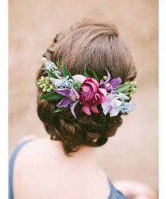 wedding hairstyle idea; photo: Anastaiya Belik Photography