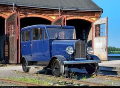 Net Photo: Unknown Untitled Inspection car at Nora, Sweden by Daniel SIMON Vintage Cars, Antique Cars, Rail Car, Old Trains, Light Rail, Landscape Wallpaper, Model Trains, Locomotive, Sweden
