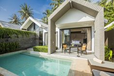 Traveling with BIG family is a unique experience but where to stay becomes important. Luxxzy has hand-picked top 5 family-friendly villas in Phuket. Samui Thailand, Koh Samui, Big Family, Family Travel, Best View Hotel, Property Design, Design Hotel, Outdoor Pool, Outdoor Decor