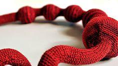 crochet necklace - Wine