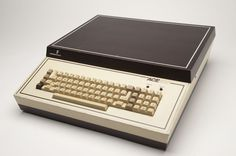 Franklin Ace 100 Clone of Apple II (1982)