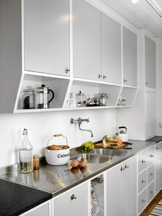 The Untold Story on Home Interior Design Kitchen Jar Organisation That You Really Need - gameofthron 60s Kitchen, Kitchen Jars, Home Decor Kitchen, Interior Design Kitchen, Vintage Kitchen, Kitchen Cabinets, Interior Livingroom, 50s Style Kitchens, Home Kitchens