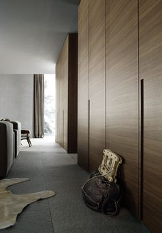 Lacquered oak wardrobe MADISON By Poliform design Carlo Colombo Oak Wardrobe, Simple Wardrobe, Bedroom Wardrobe, Wardrobe Closet, Built In Wardrobe, Closet Doors, Hallway Closet, Master Bedroom, Modern Closet