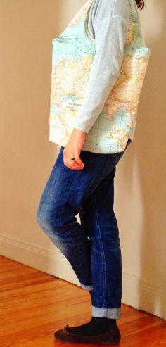 Bolsa con tela  con el mapa mundi