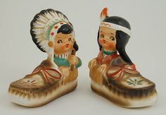 Hey, I found this really awesome Etsy listing at https://www.etsy.com/listing/222639503/vintage-indian-salt-pepper-set-native