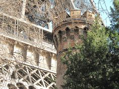 Chimney of Eiffel Tower (top) - Torre Eiffel - Wikipedia, la enciclopedia libre