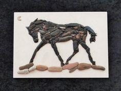 Frolicking Horse от PEBBLEMOSAICS на Etsy