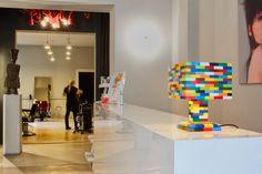 Farbenfrohe Lego-Lampe im Friseur-Salon Schweizer in Berlin // Colorful Lego lamp in the barbershop Schweizer in Berlin // Lego-lamp, Lego lamp