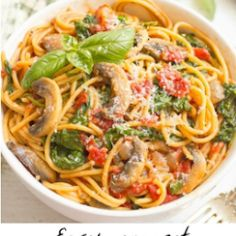 One-pot vegetarian spaghetti Vegetarian Spaghetti, One Pot Vegetarian, Jamaican Brown Stew Chicken, Sweet Potato Pound Cake, Pancit Recipe, Pan Fried Fish, Stew Chicken Recipe, Lemon Butter Sauce, Fish Sauce