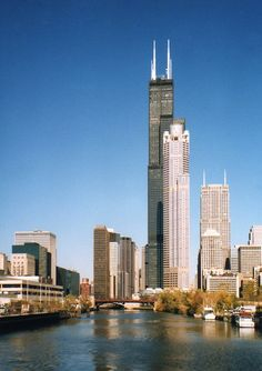 i've looked down from the tallest skyscraper in the world-- the sears tower in chicago, illinois.